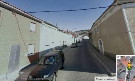 Inicio de la calle Vasijeros desde la carretera de Aldea de San Miguel.