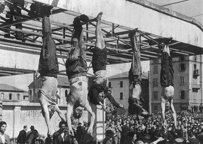 Benito Amilcare Andrea Mussolini. En la Plaza Loreto de Milán, los cadáveres (entre ellos el de Mussolini) fueron sometidos a toda clase de ultrajes por la muchedumbre.