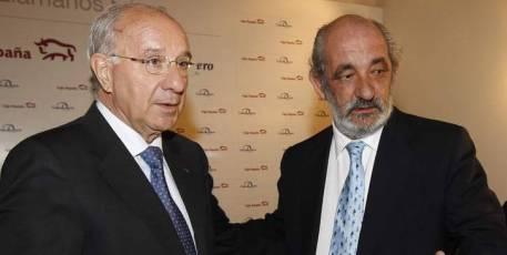 Julio Fermoso, ex presidente de Caja Duero, y Santos Llamas, ex presidente de Caja España