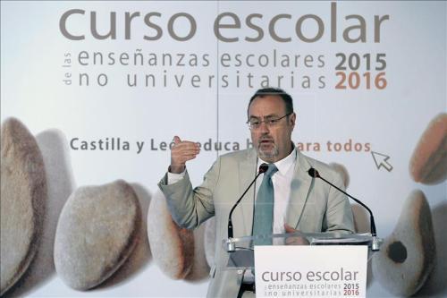 Fernando Rey Martínez, consejero de Educación de Castilla y León, en la presentación del curso escolar 2015-2016.