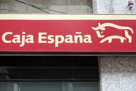 Caja España, entidad fraudulenta en Castilla y León, Madrid, Extremadura,...