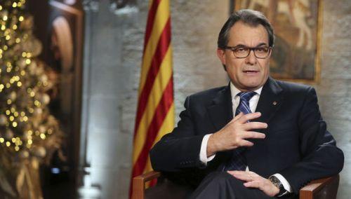 Arturo Mas, un muerto político que ha destrozado Cataluña y se ha corrompido al frente de su Gobierno.