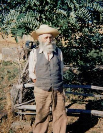 """Santiago Marcos Marcos, conocido como """"El Topo de Roales"""". Le entrevisté en 1986 en el Coto de Solaviña."""