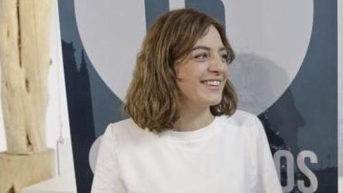 Celia Mayer, concejala responsable del atentado social de los titiriteros contra los niños.