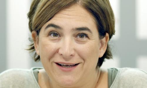 Ada Colau, polémica alcaldesa de Barcelona ante su reiterada ineficacia e ineptitud.