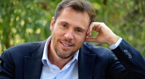 Oscar Puente, alcalde de Valladolid fuertemente criticado por su inactividad en la ciudad y por sus amenazas a Lactalis.