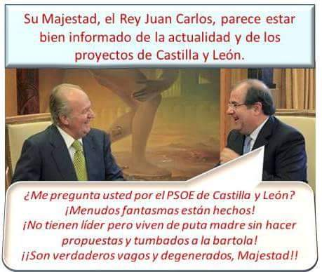 El padre del rey, Juan Carlos, es informado por el presidente de la Junta de Castilla y León.