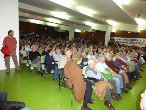 Imagen de una de las multitudinarias asambleas de Razón y Justicia en Palencia.