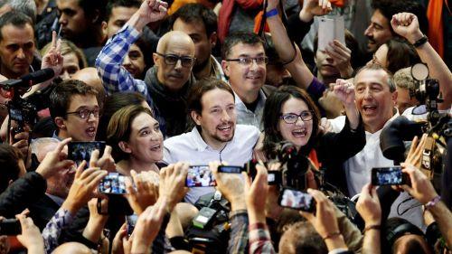 Integrantes de fuerzas políticas de retroceso, cavernícolas e irresponsables.