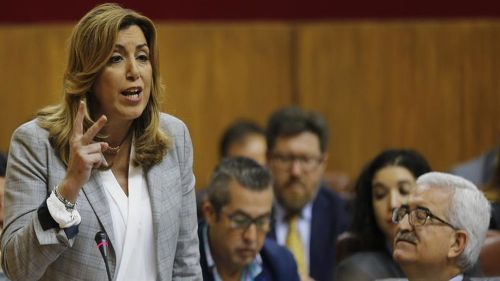 Susana Díaz, deficiente domadora de la jaula de grullos en que se ha convertido el PSOE.