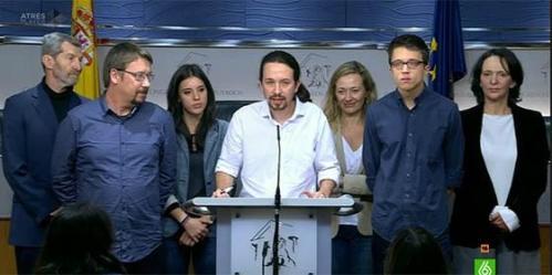 Representantes del panorama desolador que atenaza a España. Son una pequeña muestra de quienes hablaban d ela necesidad de eliminar a nuestros mayores para llegar al poder.