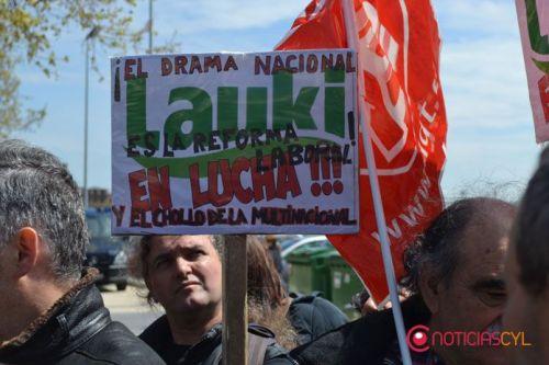 Manifestación de Lauki en Valladolid. El Ayuntamiento 'Frankenstein' erró la gestión y las negociaciones.