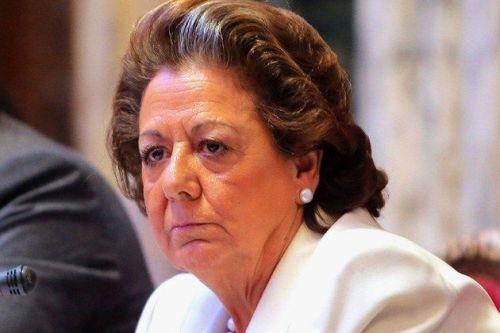 Rita Barberá, exalcaldesa de Valencia,  sometida a una 'cacería' brutal por la izquierda, los medios de comunicación y los suyos.