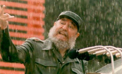 Fidel Castro en uno de sus interminables discursos.