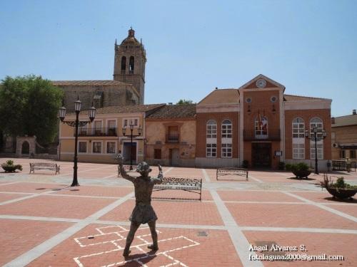 Casa Consistorial de Aldeamayor de San Martín.