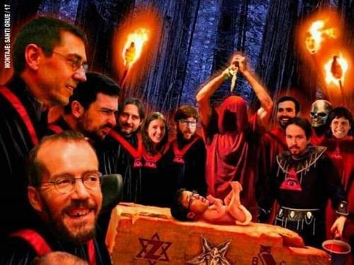 Representantes del odio y el infierno podemita ante el inmediato sacrificio de Íñigo Errejón.