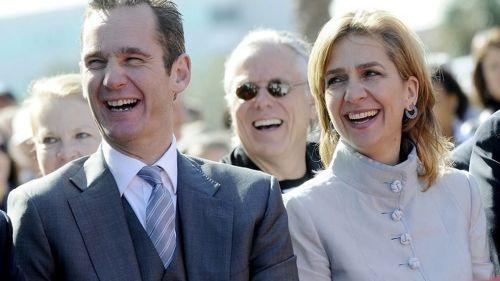 Urdangarín y su 'regia' señora, protagonistas del robo a la ciudadanía y del escándalo del siglo en España.
